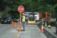 Fizyczna praca Niemcy przy budowie dróg-autostrad (robotnik drogowy)