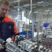 operator-maszyn-produkcja-silnikow4