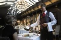 Kelner-Kelnerka dam pracę w Niemczech w hotelu (Zingst)