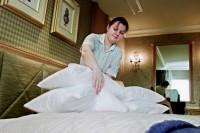 Oferta fizycznej pracy w Niemczech dla pokojówek przy sprzątaniu pokoi