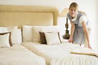 Dam fizyczną pracę w Niemczech-Schmallenberg przy sprzątaniu w hotelu