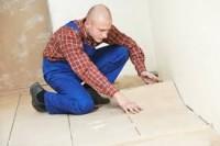 Glazurnik praca Niemcy przy wykończeniach na budowie bez języka w Salzwedel