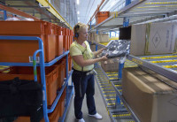 Niemcy praca na magazynie przy zbieraniu zamówień w Netto i Edeka Berlin
