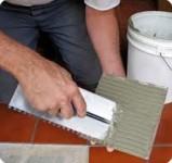 PŁYTKARZ praca w Niemczech na budowie przy układaniu kefelków