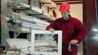 Dam pracę w Niemczech w fabryce na produkcji okien plastikowych Stuttgart