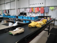 Dam fizyczną pracę w Niemczech sortowanie ubrań dla par bez języka Augsburg