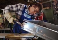 Ślusarz dam pracę w Niemczech przy obróbce metali w Zwickau