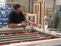 Niemcy praca na produkcji – pracownik w fabryce okien Monachium