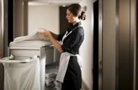 Praca w Niemczech dla pokojówki w hotelu z Freiburga przy sprzątaniu pokoi gościnnych