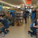 wykladanie-towaru-w-sklepie-niemcy