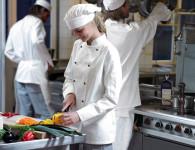 Praca Niemcy od zaraz w restauracji pomoc kuchenna bez języka Berlin 2017