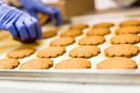 Ogłoszenie pracy w Niemczech Lipsk bez języka przy pakowaniu ciasta francuskiego
