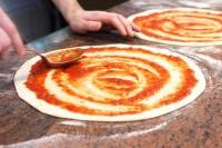 Od zaraz dam pracę w Niemczech jako kucharz w pizzerii bez języka, Meuselwitz