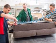 Tapicer – dam pracę w Niemczech przy produkcji mebli w Ertingen