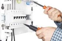 Elektryk budowlany praca Niemcy w Herbolzheim – kładzenie instalacji, biały montaż