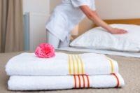 Niemcy praca dla pokojówki przy sprzątaniu w hotelu Burg nad Mozelą